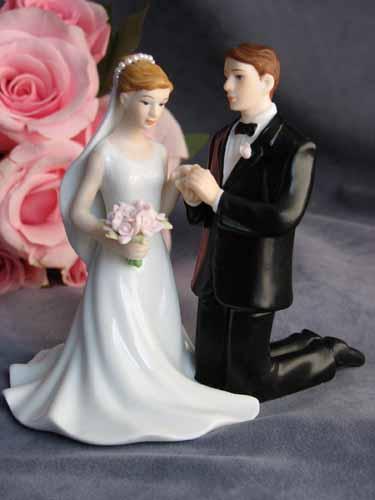 Kneeling Wedding Couple
