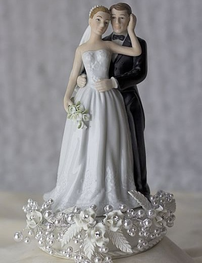 Rose and Pearls Bride and Groom Cake Topper