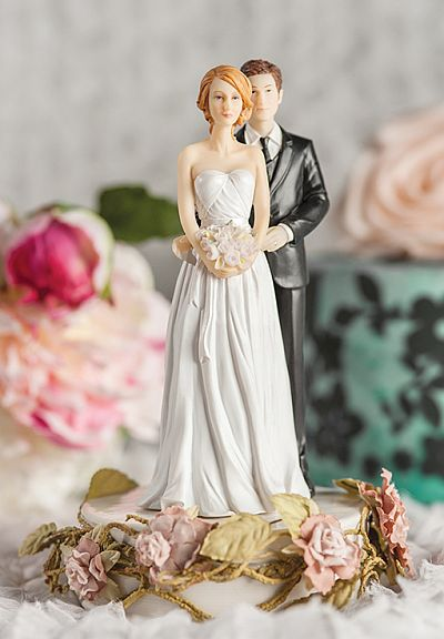 traditional wedding cake toppers bride and groom paper roses mix and match and groom wedding cake 21210