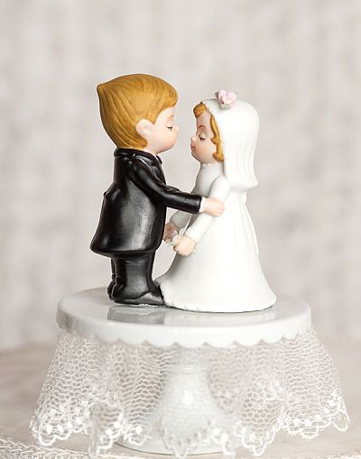 Cute Classic Bride and Groom Wedding Cake Topper