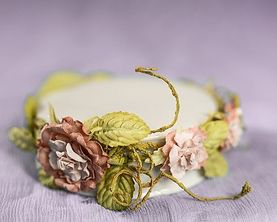 Paper Rose Vine Porcelain Base
