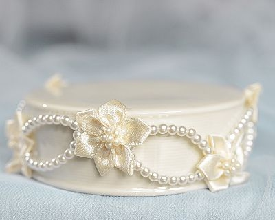 Pearl and Ribbon Flower Porcelain Base