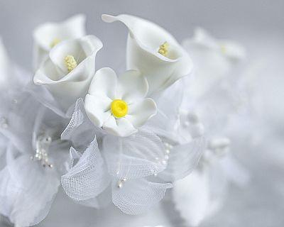 Porcelain Calla Lily Flower Base