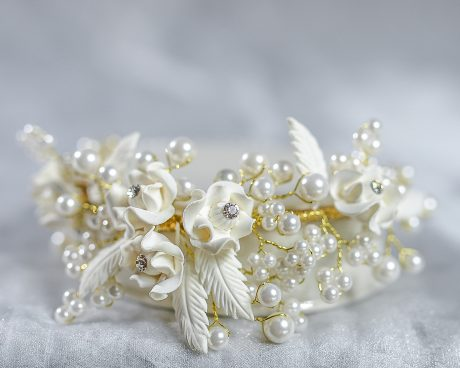Rose Pearl Crown Porcelain Base