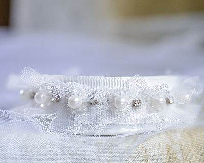Tulle and Rhinestones Trim Porcelain Base