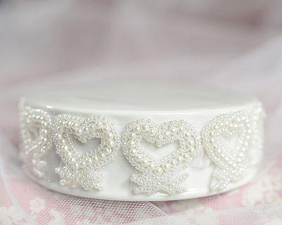 Vintage Pearl and Hearts Trim Porcelain Base