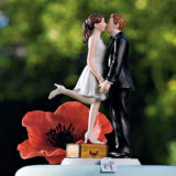 """A Kiss And We're Off!"" Figurine Light Skin Tone5"