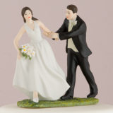 a-race-to-the-altar-couple-figurine3