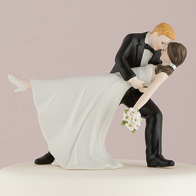 a-romantic-dip-dancing-bride-and-groom-couple-figurine2