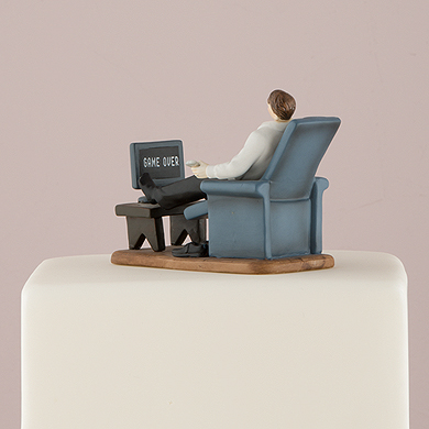 couch-potato-groom-figurine3