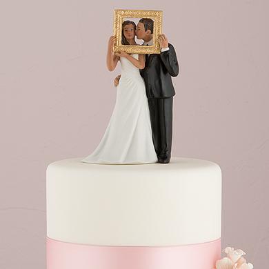 picture-perfect-couple-figurine-dark-skin-tone2