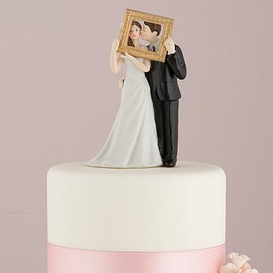 picture-perfect-couple-figurine-dark-skin-tone3