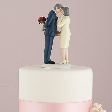 still-in-love-mature-couple-figurine2