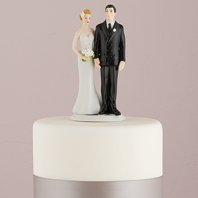 the-love-pinch-bridal-couple-figurine-ethnic-couple3