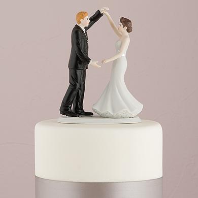 Dancing The Night Away Wedding Couple Figurine4