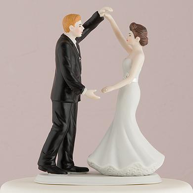 Dancing The Night Away Wedding Couple Figurine5