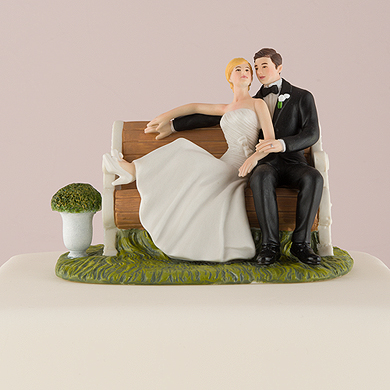 Sitting Pretty On A Park Bench – Couple Figurine