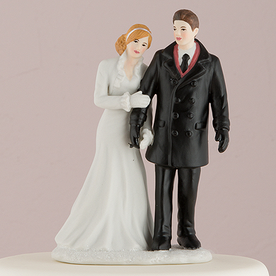Winter Wonderland Wedding Couple Figurine4