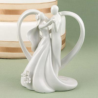 Heart Arch Bridal Couple